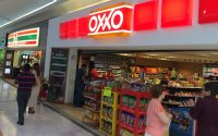 Oxxos vs Super 7